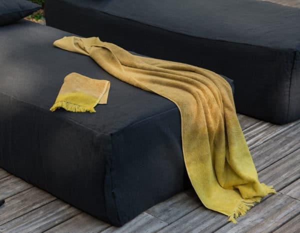 drap de bain jaune curry tie & dye lldeco